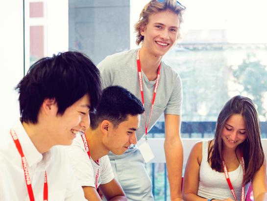 日本から直行便利用可能のプログラム Browns English Language School